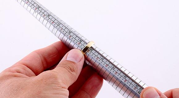 Serve com certeza: meça e calcule o tamanho do anel + tabela de tamanhos de anel